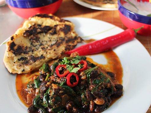 Black Bean and Spinach Curry Recipe