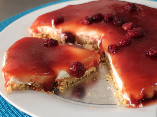 Easy No Bake Cranberry Jelly Cheesecake Recipe