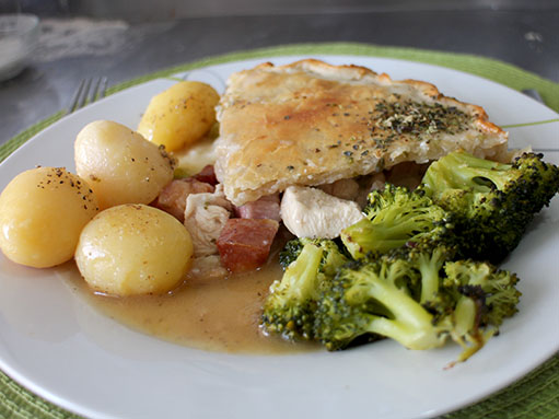 Chicken, Leek and Bacon Pie Recipe