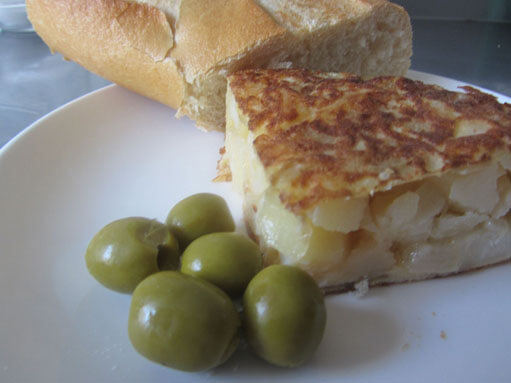Tortilla de Patatas - Spanish Potato Omelette Recipe